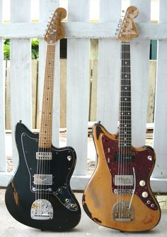 Old Fender Jazzmasters --- want want want. The go-to guitar for shoegaze.    I really want to play around with one of these someday.