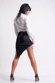 Sexy Business woman -  adulto, giovani, operaio, lavoro, donne, donna, bianco, tailleur, successo, studente, staff, sorriso, sexy, segretaria, professionista, pretty, ritratto, persona, persone, partner, ufficio, modella, manager, dama, job, isolato, isolare, felice, ragazza, femmina, moda, viso, istruzione, corporation, corporate, azienda, caucasica, donna d affari, business, boss, nero, bellezza, bellissima, sfondo, accattivante, assistente, americana, aspettami