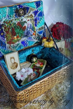 I ❤ crazy quilting & ribbon embroidery . . . Crazy box with sewing ~By Fantaisies crazy by Evy