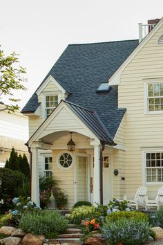 Getting ready to paint your home's exterior? Find the perfect exterior color combination with these tips on choosing house paint colors. #exteriorpaintcolorsforhouse #homeremodel #colorschemes #bhg Exterior Color Combinations, Exterior Color Schemes, Exterior Paint Colors For House, Paint Colors For Home, Outdoor Paint, White Paints, House Painting, Curb Appeal, Cottages