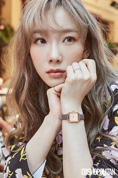 SNSD's Taeyeon for Cosmopolitan Magazine October 2019 issue. Sooyoung, Yoona, Snsd, Lee Hyori, Girls' Generation Taeyeon, Kim Tae Yeon, Beautiful Actresses, Daniel Wellington, Kpop Girls