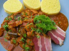 V kuchyni vždy otevřeno ...: Myslivecká směs s hříbky Stew, Salsa, Tacos, Mexican, Treats, Health, Ethnic Recipes, Food, Sweet Like Candy