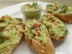 GUACALOME - avokádový dip a feferonkou alebo cesnakom Avocado Toast, Guacamole, Pesto, Brunch, Mexican, Menu, Snacks, Breakfast, Ethnic Recipes