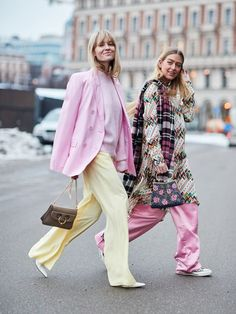 Kicking off 2018 in style, it's the Scandi crew at Stockholm Fashion Week. Here are the best street style looks from the chilly Swedish city. #streetfashion,