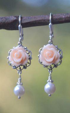 Peach Rose and White Swarovski Pearl Bridesmaid More @ http://www.facebook.com/ComicsFantasy & http://www.facebook.com/groups/ArtandStuff & http://nl.pinterest.com/ingestorm/swarovski/