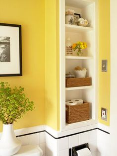 built-in shelves.yellow walls.little black stripe. if I paint walls white I could do a thin black stripe just like this.
