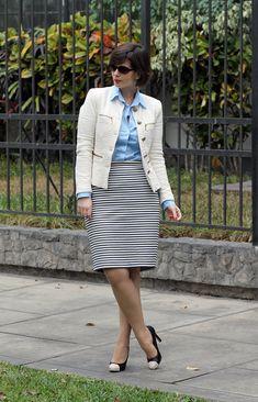 Divina Ejecutiva: Mis Looks - La falda a rayas