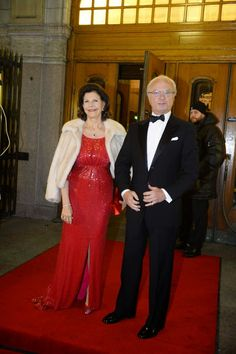 MYROYALS &HOLLYWOOD FASHİON: Swedish Royal Family Celebrates Queen Silvia's 70 Birthday with a gala performance at the Oscars Theatre, December 19, 2013-Queen Silvia and King Carl Gustaf