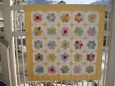 1000 images about quilts grandmother 39 s flower garden on pinterest hexagons flowers garden for Grandmother flower garden quilt pattern variations
