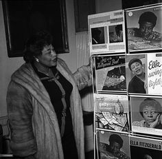 Ella Fitzgerald, posed, with selection of her record covers, Get premium, high resolution news photos at Getty Images Billy Holiday, Big Band Leaders, Lady Sings The Blues, Ella Fitzgerald, All That Jazz, Black Image, Jazz Blues, Diana Ross, Motown