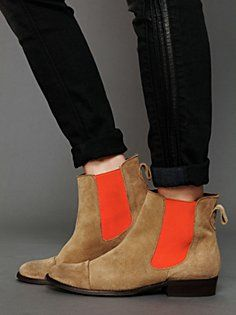 love ankle boots with rolled up skinny jeans