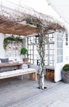 Great outdoor deck space with a vine-covered pergola and minimalist dining table with simple benches. Outdoor Rooms, Outdoor Dining, Outdoor Gardens, Outdoor Decor, Rustic Outdoor, Dining Table, Dining Room, Outdoor Furniture, Garden Deco