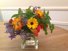 How about this for a centrepiece for a summer barbecue? All flowers from your edible collection. Thought I would invite my guests to decorate their own salad !!!!! Thanks Cathy for sharing this with us via email. https://www.sarahraven.com/flowers/seeds/edible_flowers/all_year_edible_flower_seed_collection.htm