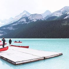 coffeentrees:  Go for a paddle. Photo: @woshiesther #WellTravelled #Banff by herschelsupply