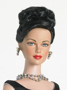 Midnight Star Chanteuse - Brenda Starr Archive - Fashion Dolls Archive - Tonner Doll Archive