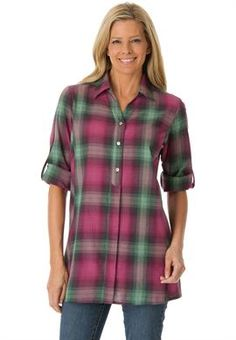 Plus Size Campshirt in woven cotton with Henley look neck