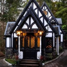 Little Tudor Cottage : CozyPlaces Tudor Cottage, Storybook Cottage, Tudor House, Gothic House, Cottage Homes, Witch Cottage, Storybook Homes, Fairytale Cottage, Modern Cottage