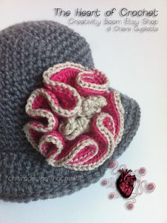 The Heart of Crochet - Cappellino all'uncinetto per lei - Crocheted hat for her