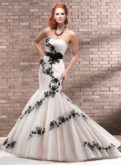 1 starpless black & white wedding dress