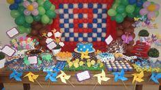 Festa da Galinha Pintadinha - 100% scrap !  O cenário das músicas foram retratados para compor a mesa. O resultado foi original !!    - Conheça todos os outros temas -     Monto seu projeto de decoração e envio o kit pelos Correios (atendo todo o Brasil !!    http://ateliemaisondepoupee.blogspot.com.br/    http://www.facebook.com/MaisonDePoupee.Scrap?ref=stream#!/MaisonDePoupee.Scrap