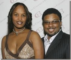 """Meet Melika Payne, she is the wife of TV actor, Carl Payne. You might remember him best from his role as Walter """"Cockroach"""" Bradley –Theo Huxtable's pal on """"The Cosby Show."""""""