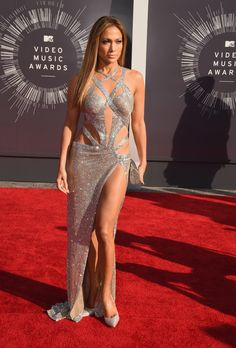 What can we say? Jennifer Lopez seriously brought it. via @stylelist