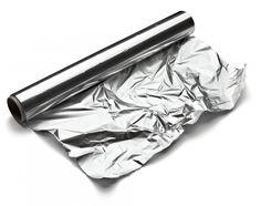 Papel De Aluminio Vamos A Hacer Bolas De Diferentes Tamanos Para Despues Pegarlos Sobre Una Cartulina Negra Cartulina Negra Papel Aluminio Bolitas