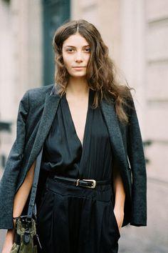 (via Vanessa Jackman: Paris Fashion Week SS 2014….Muriel)