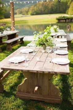Lovely seating for an outdoor gathering!