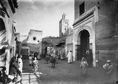 Marrakech Rue près de la mosquée Sidi Isaac : scène animée 1909 (avant)