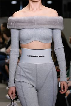 Alexander Wang at New York Fashion Week Fall 2018 - Details Runway Photos