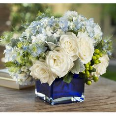Cobalt blue vase with baby blue hydrangea and white roses. White Floral Centerpieces, Flower Centerpieces, Wedding Centerpieces, Floral Arrangements, Flowers Illustration, Fresh Flower Delivery, Rustic Wedding Flowers, Blue Hydrangea, White Roses