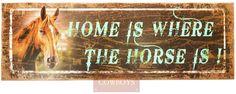 Placa Decorativa em Madeira The Horse   Placa Decorativa, feita em Madeira rústica para decorar os mais diversos ambientes. Pode ser utilizada em sua área de lazer, bar, casa, rancho ou fazenda. Use sua imaginação com nossa linha exclusiva de decoração Country Cowboys.