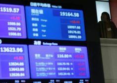 نيكي يهبط مع استقرار الين -  انخفض مؤشر نيكي للأسهم اليابانية في ختام التعاملات يوم الجمعة مع استقرار الين أمام الدولار بعدما لمح مجلس الاحتياطي الاتحادي البنك المركزي الأمريكي برفع أسعار الفائدة مرات أقل مما توقعها بعض المستثمرين. ونزل مؤشر نيكي القياسي 0.4 بالمئة ليغلق عند 19521.59 نقطة. وعلى مدى الأسبوع خسر المؤشر 0.4 بالمئة قبل عطلة نهاية أسبوع في اليابان تستمر ثلاثة أيام حيث ستغلق الأسواق يوم الاثنين بمناسبة عطلة وطنية.    -  المصدر : #أخبار_مصر  -  شركة عربية اون لاين للوساطة فى…