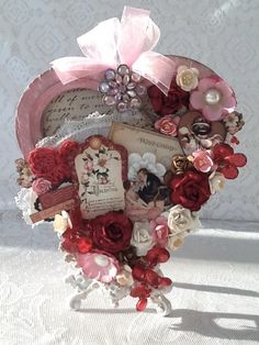 Place in Time Altered Valentine Heart by Melissa Divelbiss #graphic45 #valentinesday