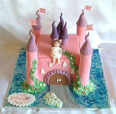 castle birthday cakes Birthday cakes are fun and easy to make. Kid's birthday cakes are probably the most fun to make. Castle birthday cakes are an enchanting and magical way to celebrate you… Frozen Themed Birthday Cake, Fairy Birthday Cake, Castle Birthday Cakes, Birthday Cake Girls, Birthday Ideas, Castle Cakes, 3rd Birthday, Princess Sophia Cake, Princess Cakes