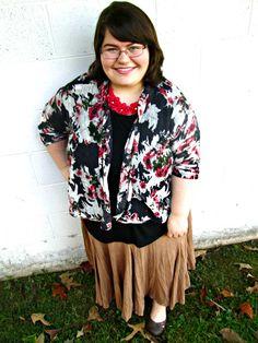 Unique Geek: Plus Size OOTD: Fall Florals #plussizefashionblogger #plussize #plussizeoutfit #plussizeootd #modestoutfit #modest #falloutfit #plussizefalloutfit