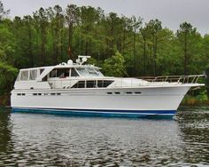 """1968 Chris Craft """"60"""" Commander Power Boat For Sale - www.yachtworld.com"""
