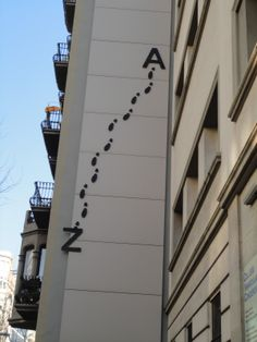 Joan Brossa Poema Visual, Word Art, Funny Pictures, Typography, Ideas, Writing, Chema Madoz, Street Artists, Strollers