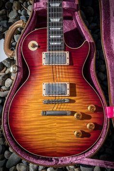 Gibson Les Paul Electric Guitar