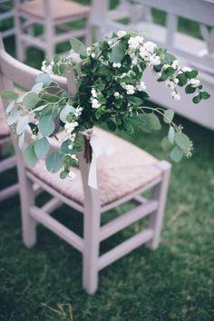 Ceremony Decor / An Intimate Tuscan Wedding (instagram @the_lane)