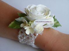 Prom Wrist Corsages | ... Announcements: Prom Flowers - Corsages, Boutonnieres & Hair Flowers