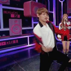 Taehyung dancing to EXO 'Monster'.   Baek's part. Such a nice son