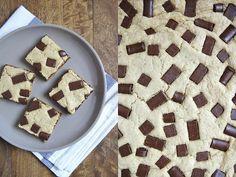 Chocolate chunk cookie bars