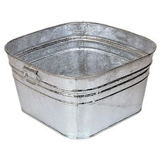 Galvanized wash tubs make ideal beverage holders - just fill with ice and beverages of your choice at the reception.