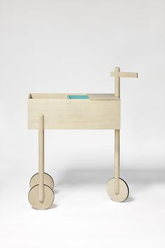 Wooden wagon/trolley