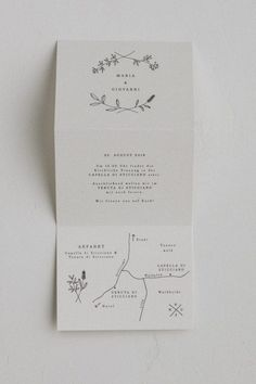 20 Gorgeous, Understated Minimalist Wedding Ideas From ceremony decor to invitations, evoke simple elegance with these details. Minimalist Wedding Invitations, Simple Wedding Invitations, Wedding Invitation Design, Wedding Stationery, Wedding Planner, Minimalist Invitation, Simple Wedding Cards, Cheap Invitations, Illustrated Wedding Invitations