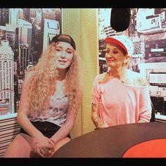 """#LaPina La Pina: """"La me di nuova generazione che mi intervista"""" Facebook: Sofia Viscardi (personaggio pubblico) Twitter: @sofia_viscardi Instagram: @sofiaviscardi https://youtu.be/6sjGeReVao8"""