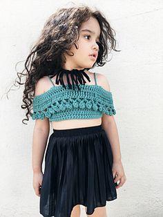 Ravelry: PomPom Crop Top pattern by Abigail Haze Baby Girl Crochet, Crochet Baby Clothes, Crochet For Kids, Crochet Crop Top, Crochet Bikini, Knit Crochet, Crop Tops For Kids, Crochet Shoes Pattern, Crop Top Pattern