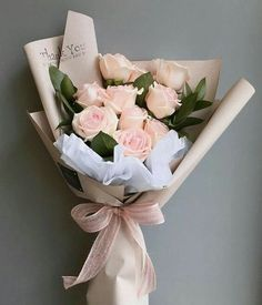 24 hours online florist in KL. Sending Rose Hand Bouquet as a perfect gift for him/her. Boquette Flowers, Flower Bouqet, How To Wrap Flowers, Beautiful Bouquet Of Flowers, Luxury Flowers, Floral Bouquets, Amazing Flowers, Beautiful Flowers, Flowers Birthday Bouquet